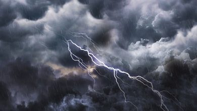 Photo of ঘনীভূত গভীর নিম্নচাপ, তুমুল বৃষ্টিতে ভাসতে চলেছে দক্ষিণের এই জেলাগুলি