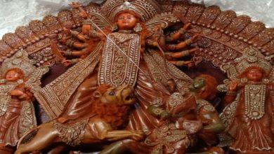 Photo of নদীয়ার কৃষ্ণনগর থেকে গ্লাস ফাইবারের তৈরী দুর্গা প্রতিমা যাবে মেক্সিকো সিটিতে