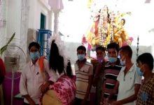 Photo of নদীয়ার শান্তিপুরের ঢাকিদের বিশেষ সংবর্ধনা সামাজিক সংস্থা 'স্বপ্ন'-র
