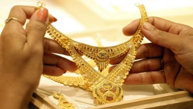 Photo of Gold Price: লক্ষ্মীবারে দাম কমলো সোনার, রেকর্ডের থেকে কম ৯,৩০০ টাকা