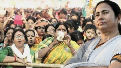 Photo of রাজ্যবাসীর জন্য কল্পতরু মমতা, এবার পুজোয় গ্রাম বাংলার মহিলাদের বিশেষ উপহার দিতে চলেছেন মুখ্যমন্ত্রী